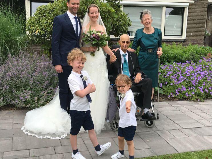 Vader Nog Bij Bruiloft Dochter In 'bijna Thuis Huis' Naarden