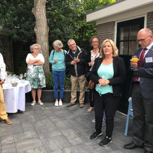 Tuinborrel In Onze Nieuwe Achtertuin Van C'est La Vie-Huis